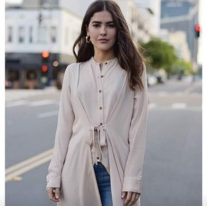 Paola Alberdi The Drop Long Line Top